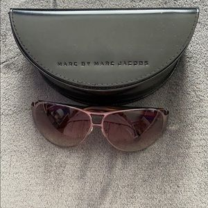 Marc Jacobs Women's Sunglasses w sunglass case